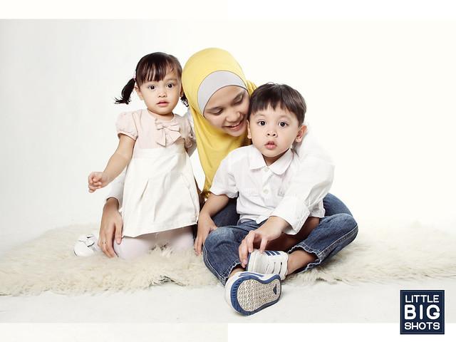 Motherhood   Family Studio Portraiture