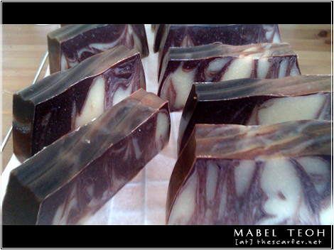 """Chocolate Marble Loaf"" Soap: A look at the marbling/swirls"
