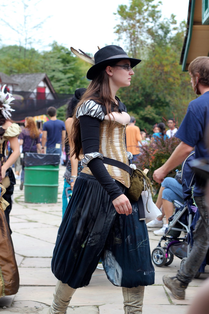 Ren fair boob lady