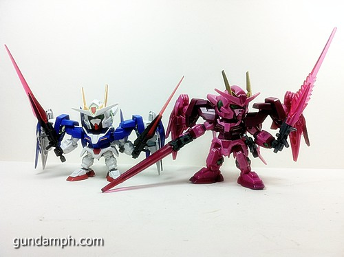 SD Gundam Online Capsule Fighter Trans Am 00 Raiser Rare Color Version Toy Figure Unboxing Review (45)