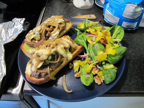 steak sandwich w stilton & regular cheese