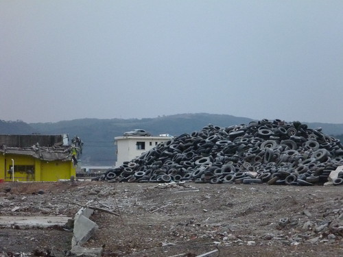 南三陸町, 陸前高田で側溝泥上げボランティア(レーベン一号・信州号) Volunteer at Rikuzentakata, Destroyed by the tsunami of Great East Japan Earthquake