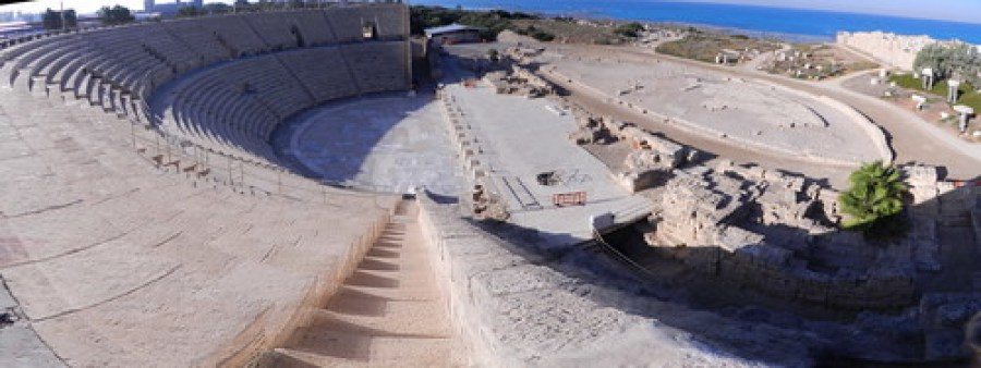 panoramica teatro Cesarea Marítima Israel 04