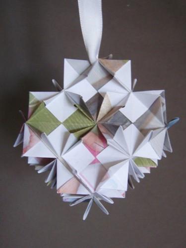 Paper bauble