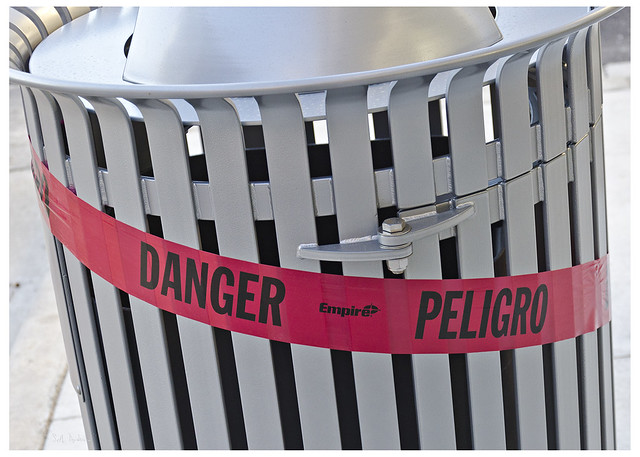 Danger Peligro