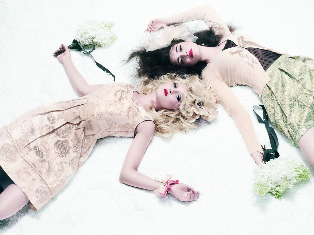 Autumn:Winter 2009 Collection - Promotional Photo (9)