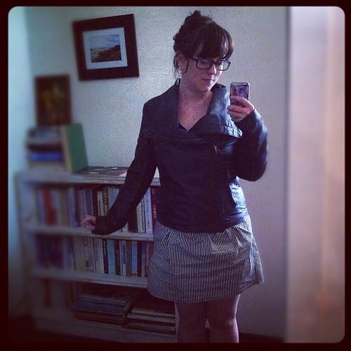 A wrinkled skirt for #dressember day 17