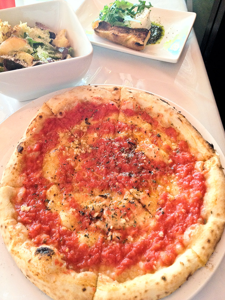 Pizza Marinara @ 800 Degrees Pizza