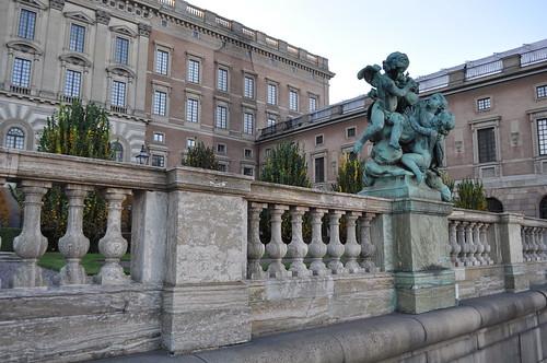 2011.11.10.298 - STOCKHOLM - Gamla stan - Skeppsbron - Kungliga slottet