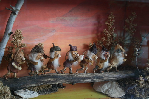 Seven dwarfs made out of seeds and natural things