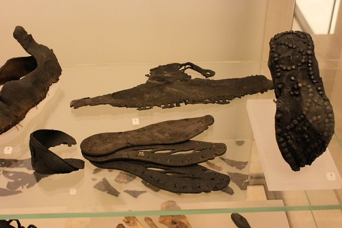 Roman leather shoes