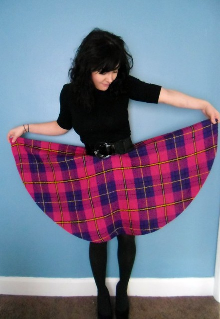 plaid circle skirt - open