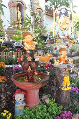 20120117_1891_kitsch-garden