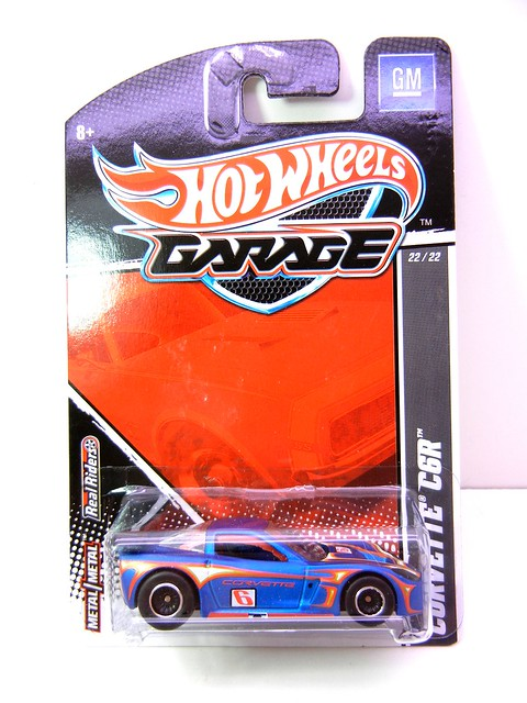 HOT WHEELS GARAGE CORVETTE C6R (1)