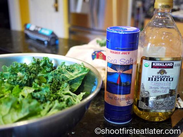 crispy baked kale chips-006