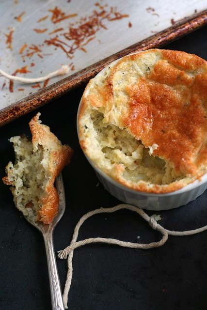 grits souffle on a fork
