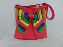 Pretty bow bag in daring red