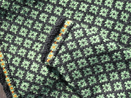 2011_12_18_BabyFairIsle_e_detail