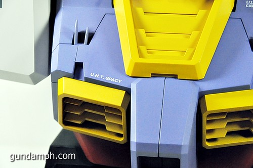 MSG RX-78-2 Bust Type Display Case (Mobile Suit Gundam) (46)