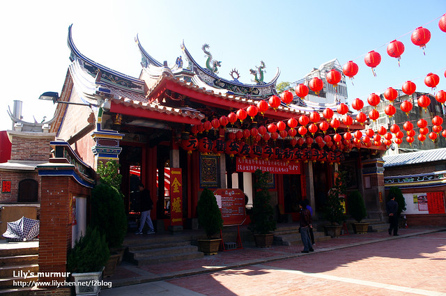 這是元清觀,廟內正好有慶典活動。