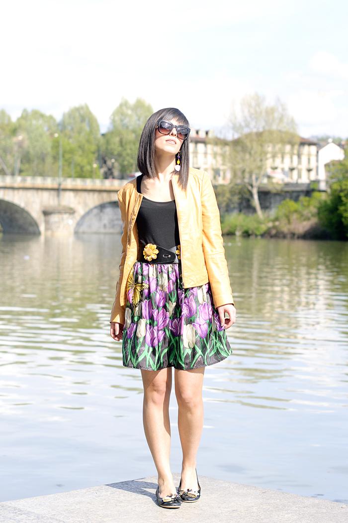 The sunflowers skirt