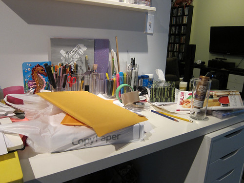 I'm a Mess (Desk)