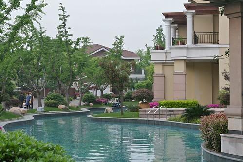 Sofitel pool