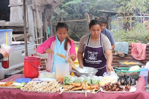 20120113_1773_food-vendors
