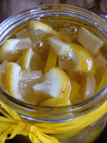 Sciroppo per la tosse al limone, zenzero e miele - Lemon, ginger and honey sirup for a sore throat