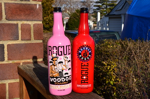Oregon Rogue Beer Voodoo Donut & Double Rouge Double chocolate Stout