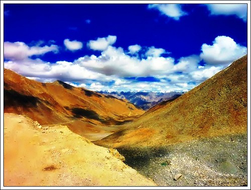 Ladakh by Eyes v/s Lenses