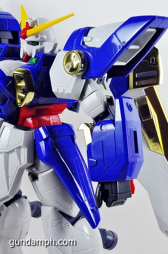 1-60 DX Wing Gundam Review 1997 Model (24)