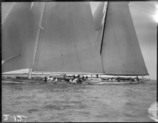 Vanitie and Weetamoe racing close of Marblehead