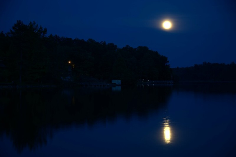 Supermoon at Lake Mohawk 01