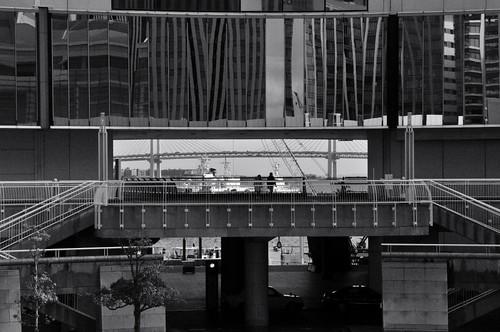 Yokohama Bay Bridge by hidesax