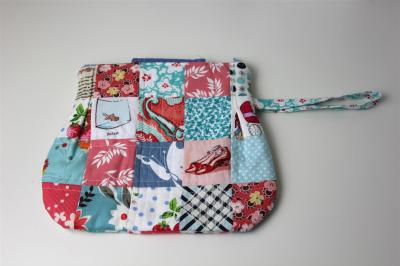 """My version of """"The Emma Clutch"""" the back"""