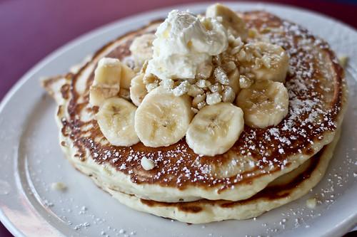 Kihei Cafe - Banana Macadamia Nut Pancakes