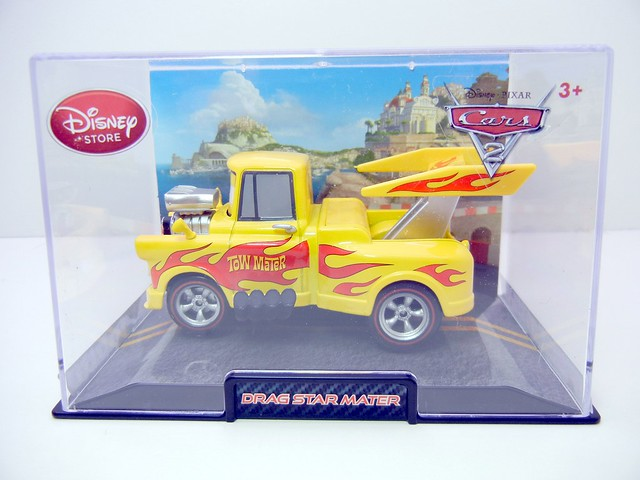 disney store cars 2 drag star mater (1)