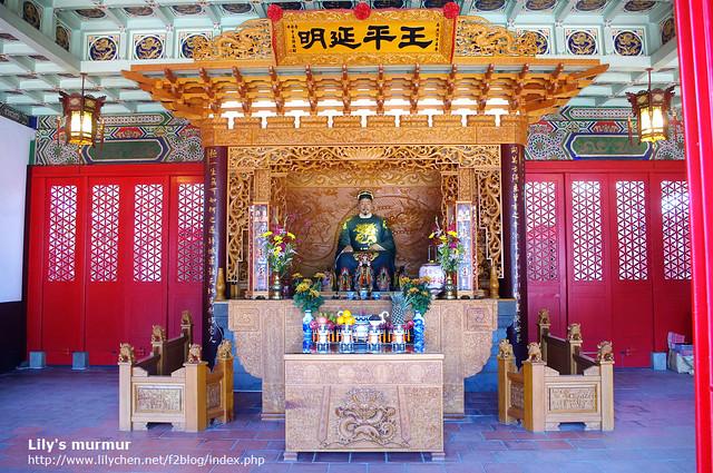 很漂亮的祭拜祠堂,延平王塑像看來似乎是美男?