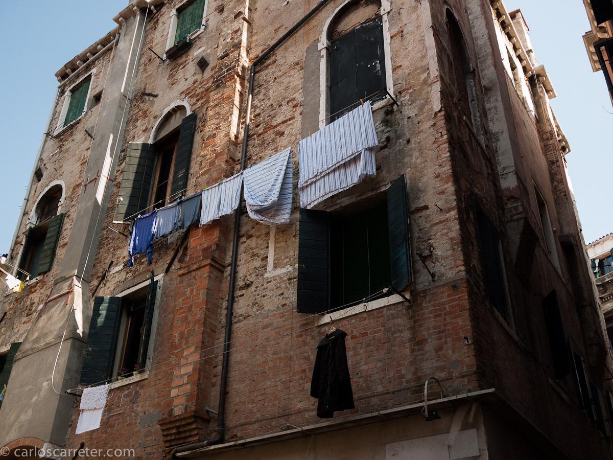 Entre calles y canales del Sestiere Castello