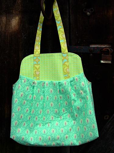 blue showoff bag