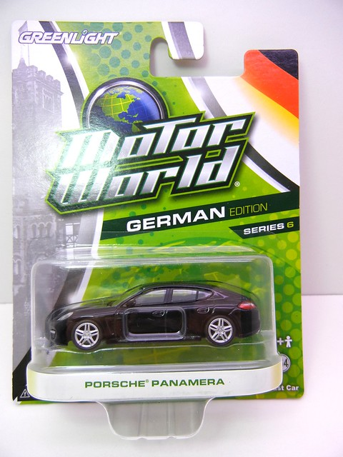 greenlight motor world porsche panamera (1)
