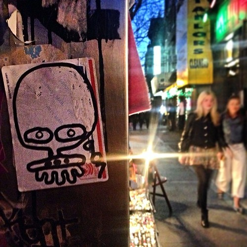 The eyes see all.  #ufo907 #ufo #907 #9oh7 #grunts #uspsstickers #stickers #nyc #ny #newyorkcitygraffiti #newyorkcity #newyork #brooklyngraffiti #bk #bkay #graffiti #graff #graf #outline #girls #nightshot #eyes #nikond3100 #nikon #d3100 by Now It's Real!