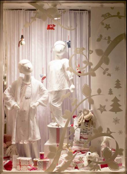This festive shop window makes clever use of graduated light from hard to soft
