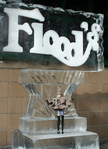 Misaki on the Flood's ice sculpture
