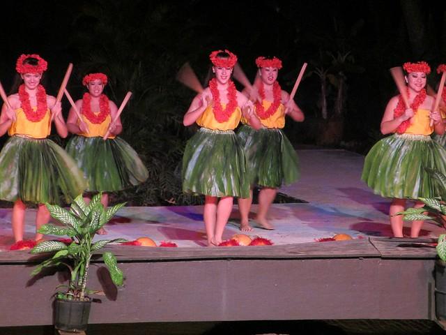 Luau dancing 1