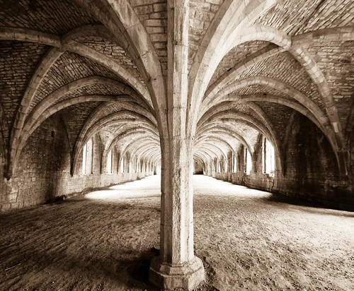 Fountains Abbey by dakegra