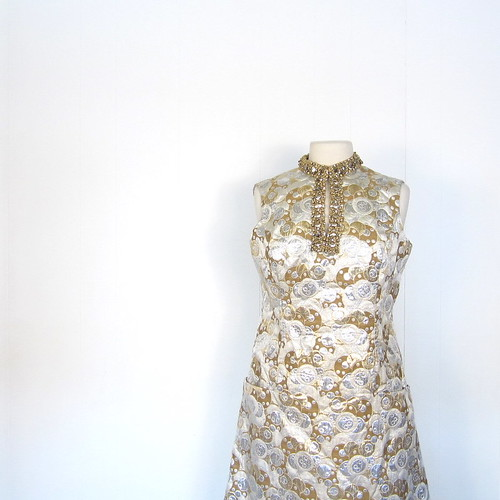 1960s beaded champagne bubbles brocade cocktail dress