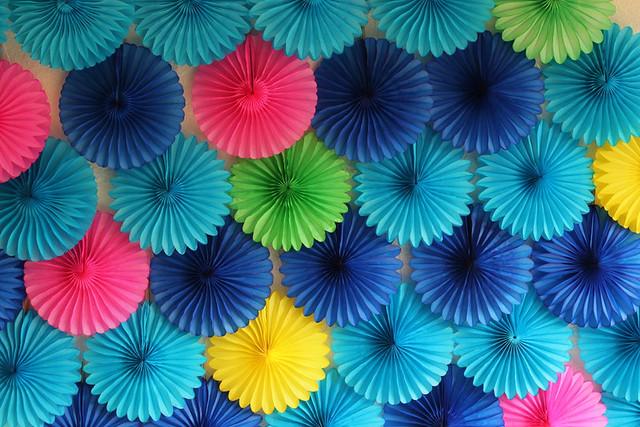 diy paper fan backdrop A