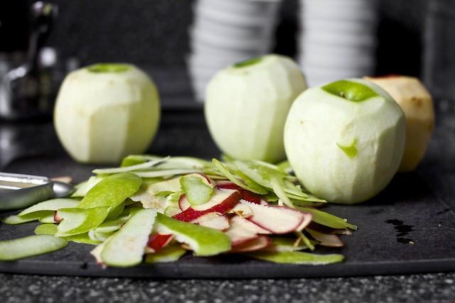 apples, skinned